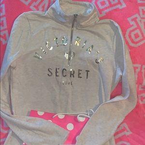 Victoria secret 1/2 zip
